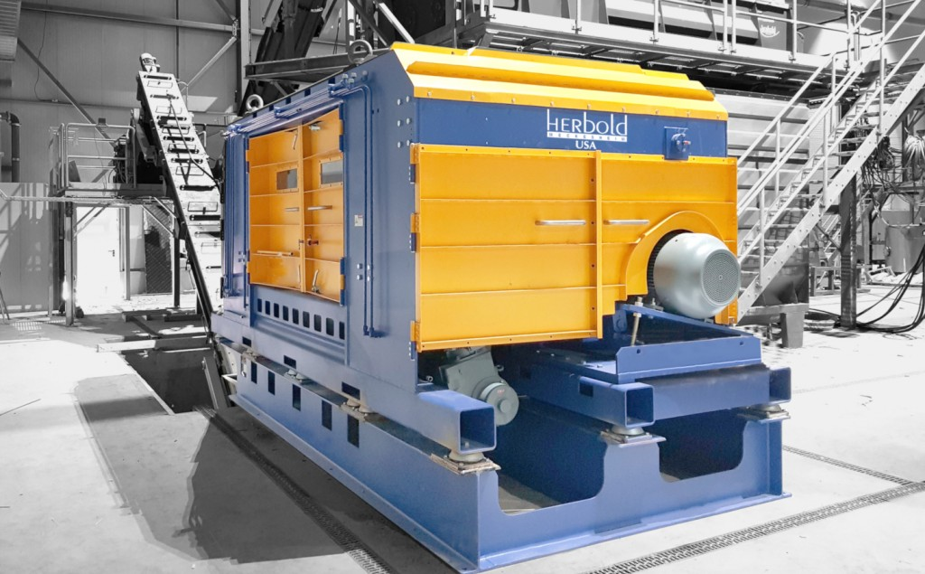 Herbold's new single-shaft shredder ideal for bulky or baled plastics