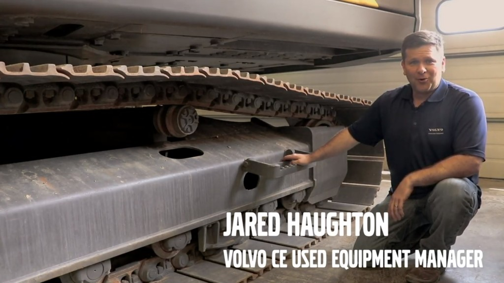 Watch: How to inspect an excavator undercarriage