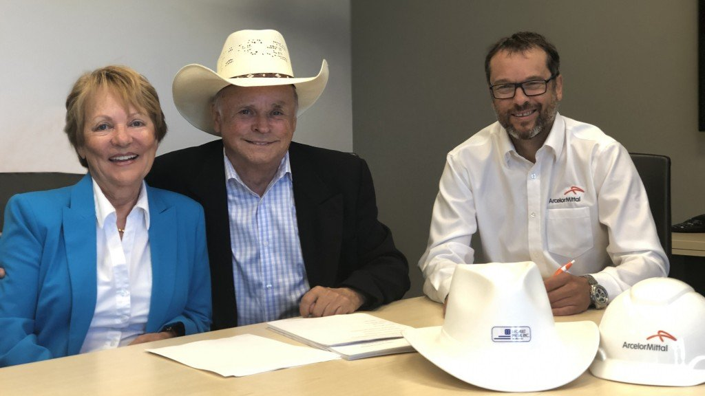 (From left to right) Legault Métal outgoing owners Aurore and Gerry Legault and ArcelorMittal Long Products Canada's Vice President and Chief Procurement Officer François Théorêt finalize the last details surrounding the transaction.