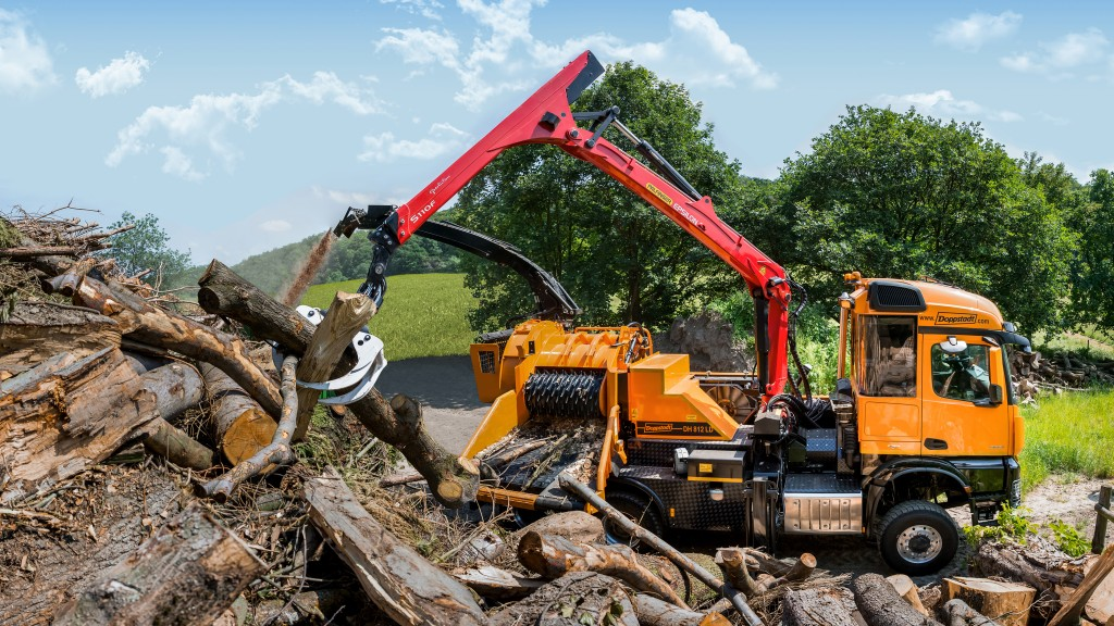 Doppstadt's DH 812 LD precision chipper: for demanding tasks in the field – be it along roads, in parks, woods or forests.