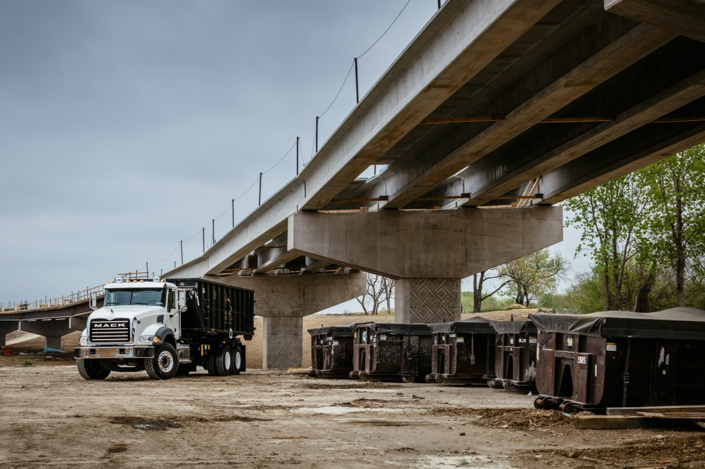 Mack Trucks will display its Mack® TerraPro and Granite® models, as well as a Mack LR battery electric vehicle (BEV) motor and transmission display, in Mack booth no. 1601 at the Canadian Waste and Recycling Expo 2019, Oct. 9-10 at the Enercare Centre, Toronto.