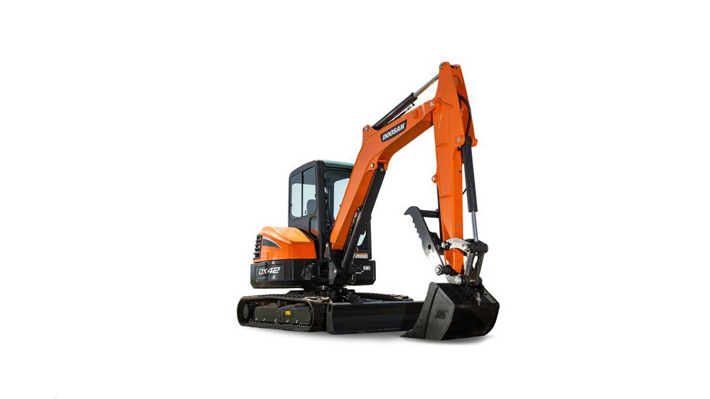 Introduced in 2019, the Doosan® DX42-5 is a conventional tail swing mini excavator in the 4- to 5-ton class, featuring a strong bucket breakout force and impressive dig depth and reach.