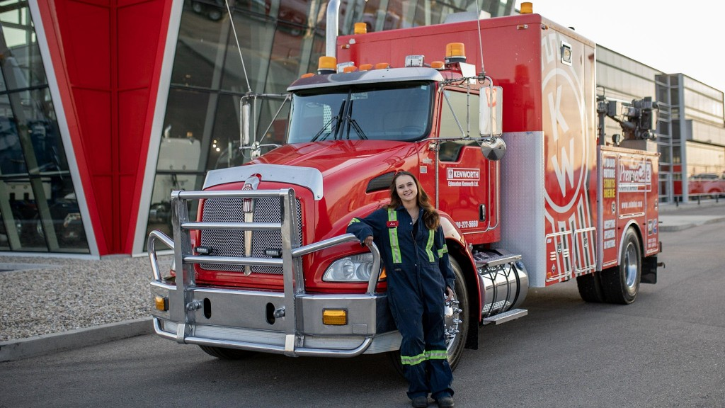 In 2007 she started her career with the Edmonton Kenworth group as a dealer service technician.