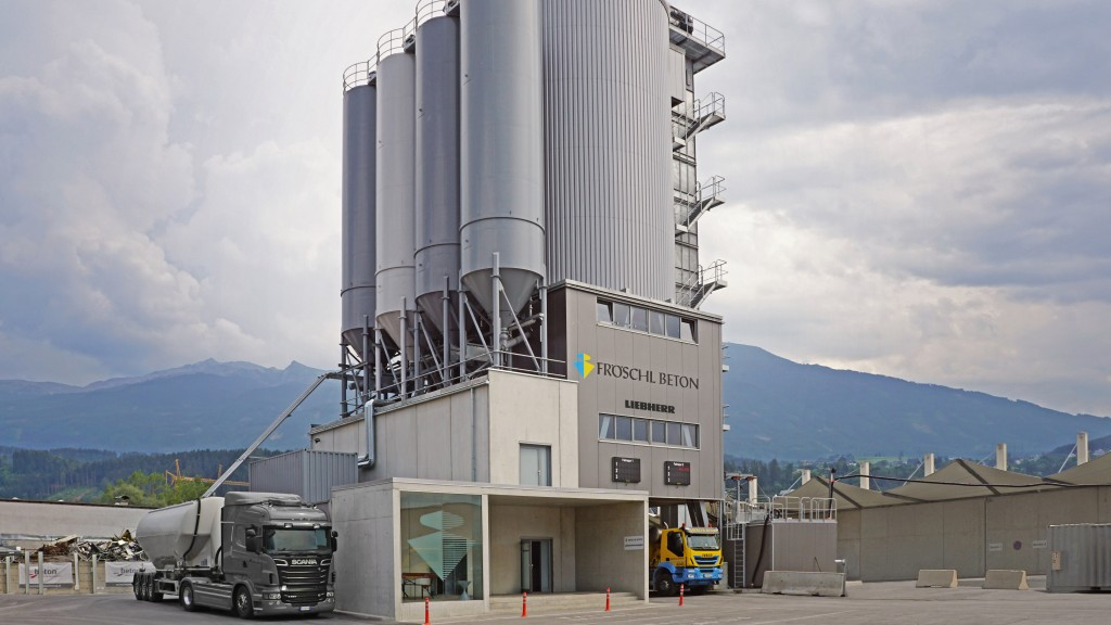 Fröschl Beton's Liebherr Betomat 4-600 mixing tower is one of the most modern mixing plants in Austria.