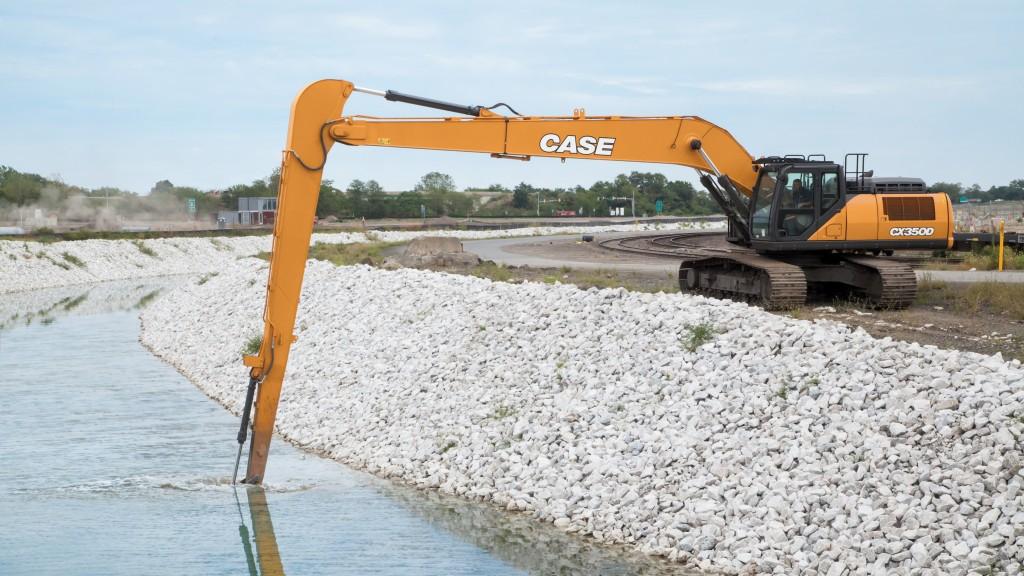 CASE CX 350D LR excavator
