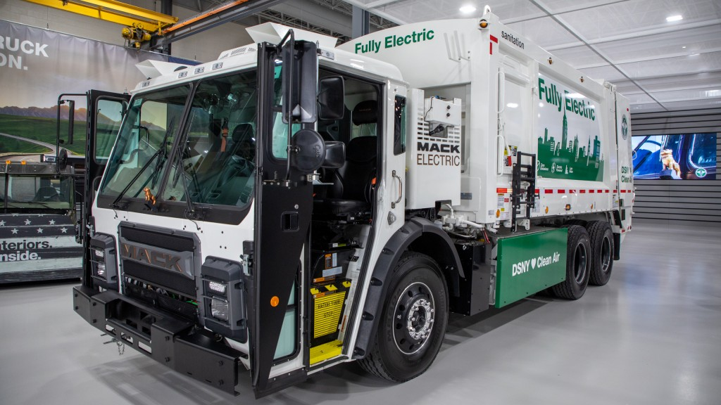 fully electric mack refuse truck