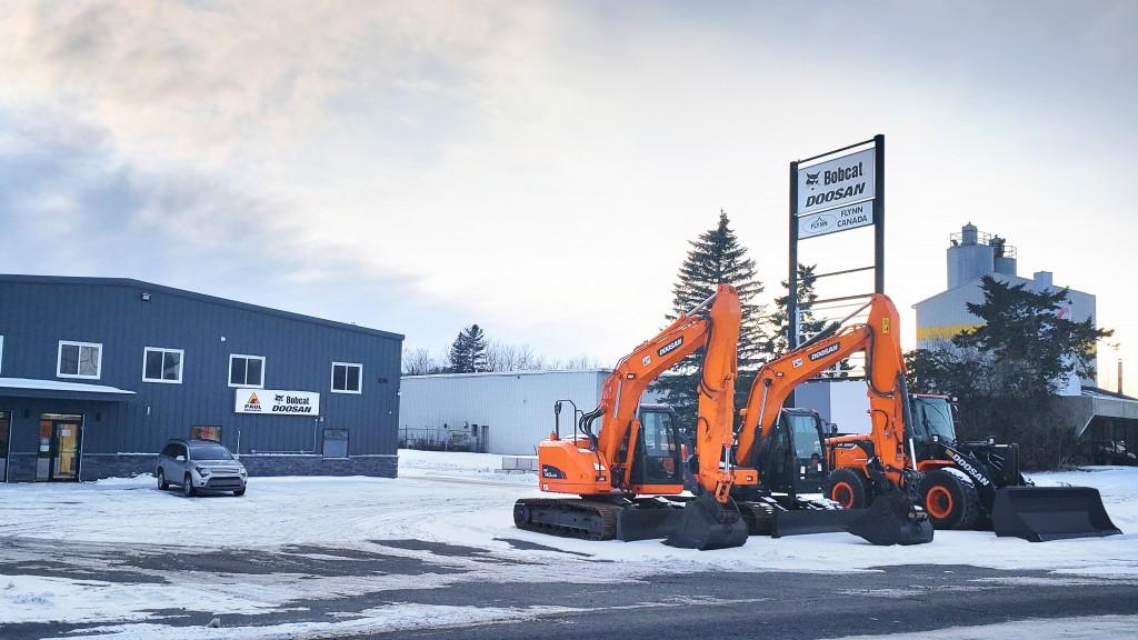 Paul Equipment & Sons dealership