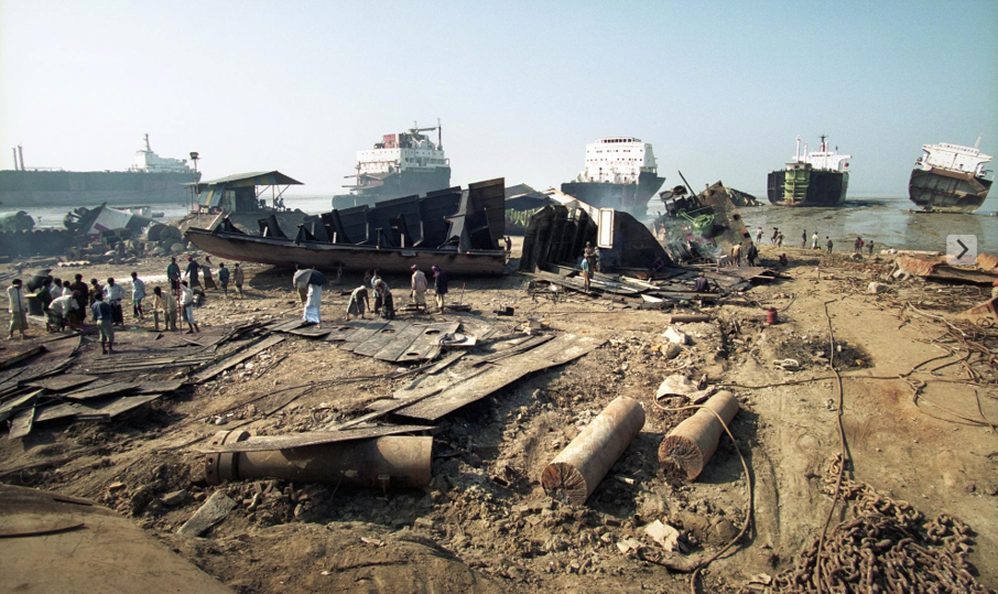 Bangladesh ship breaking beaches greenpeace photo