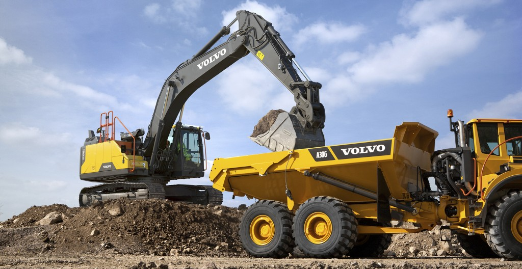 Hydraulic hybrid excavator from Volvo cuts fuel use by up to 15 percent