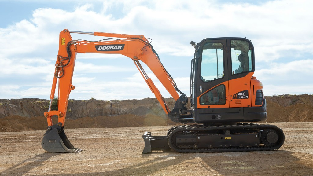 New mini excavator from Doosan offers reduced tail swing