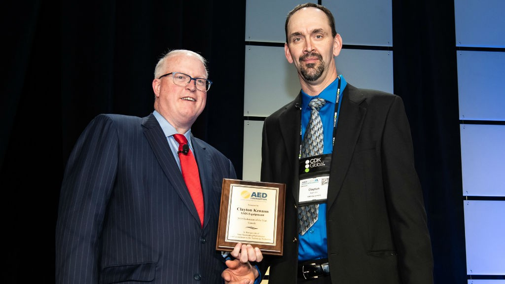 SMS Equipment technician wins top award for Canada