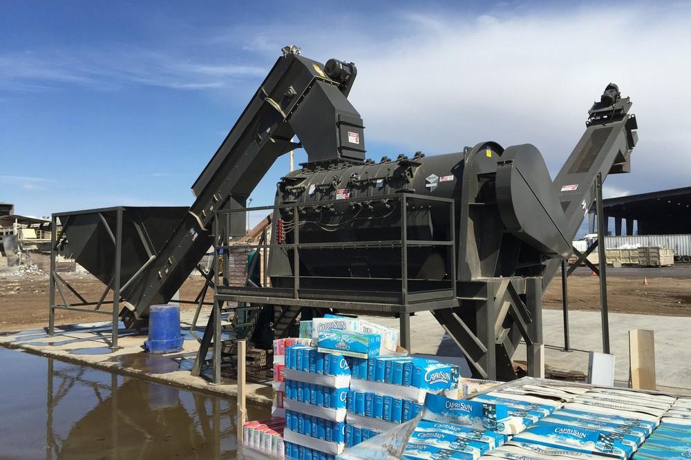 Scott Equipment Company - T42 food waste depackaging system Depackaging