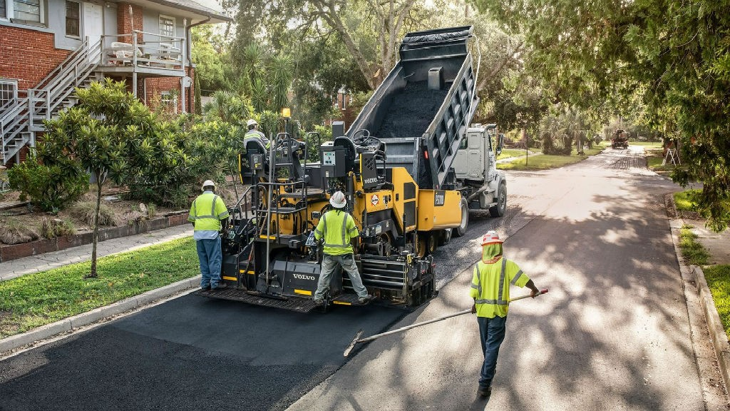 Volvo to release two new asphalt pavers at CONEXPO-CON/AGG 2020