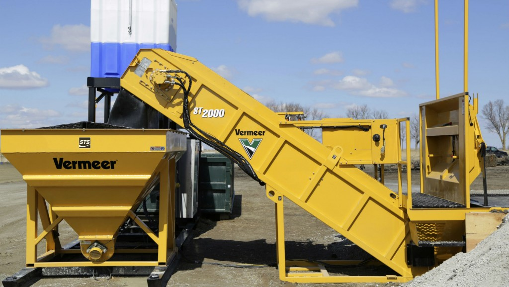 Modular mud reclaimers like Vermeer's R250C can help cut water and additive usage for drilling operations.