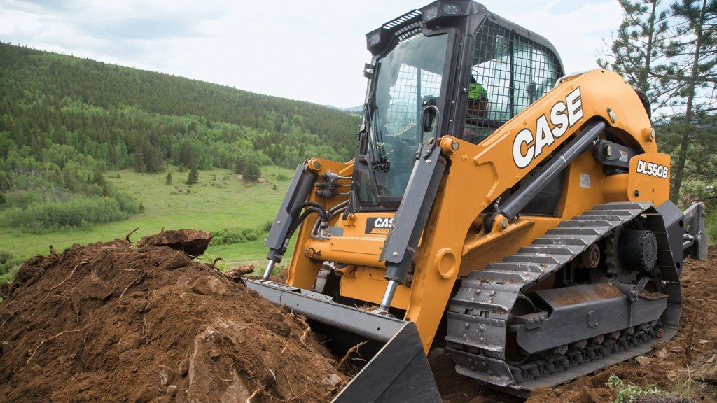 Case's Project Minotaur compact dozer loader coming to market in 2020