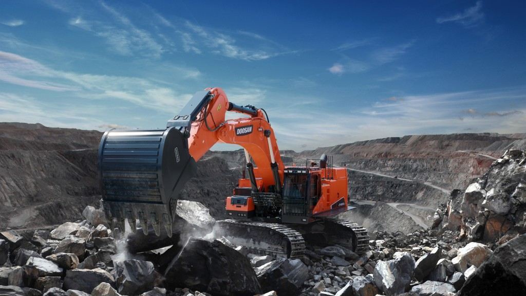 Doosan DX800LC-7 Crawler Excavator in a quarry