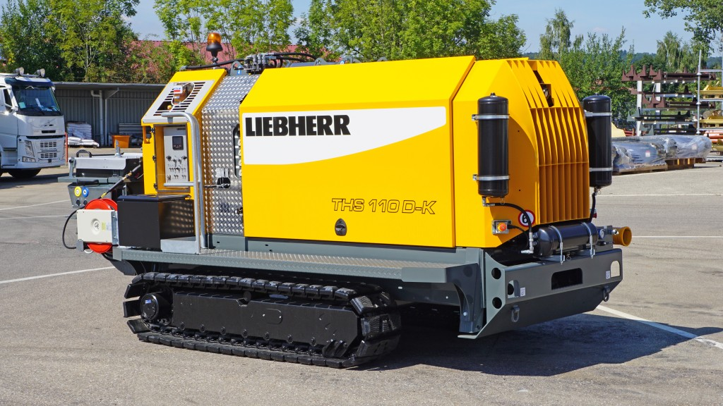 liebherr 110d k crawler concrete pump in a parking lot