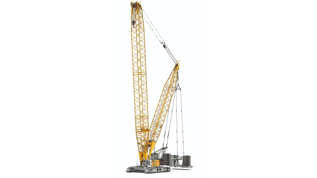 The brand new LR 1300 SX with derrick boom and displaceable suspended counterweight.