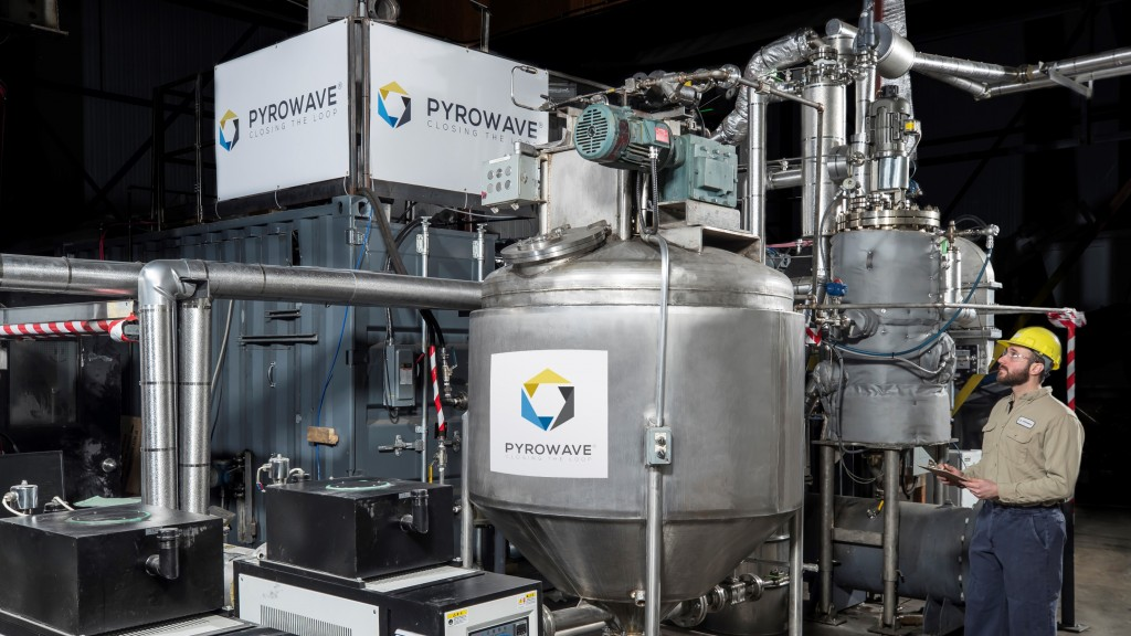 Pyrowave chemical plastics recycling machine and guy