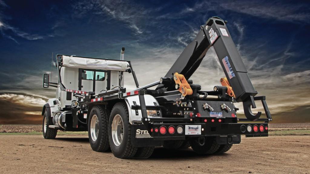 Stellar hook lift hoist truck