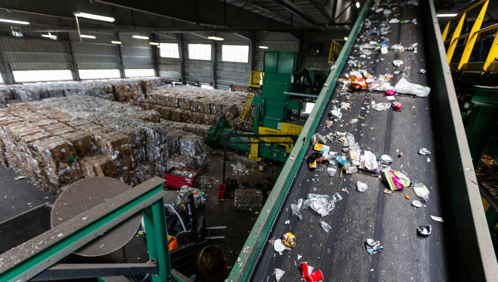 Sorting flexible plastic packaging (FPP) at the TotalRecycle material recovery facility (MRF) in Birdsboro, Penn.