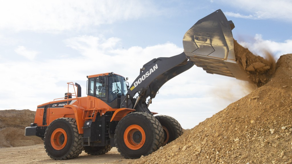 Doosan wheel loader digging gravel