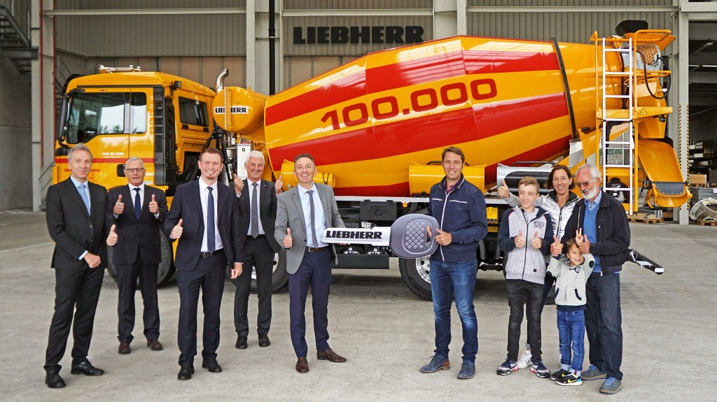 Liebherr has handed over its hundred thousandth truck mixer to Heinz Transportbeton Ingolstadt.