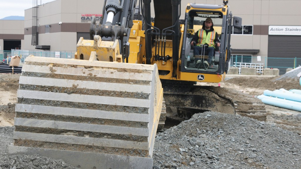 Canadian first: utility contractor digs savings of automatic excavator system