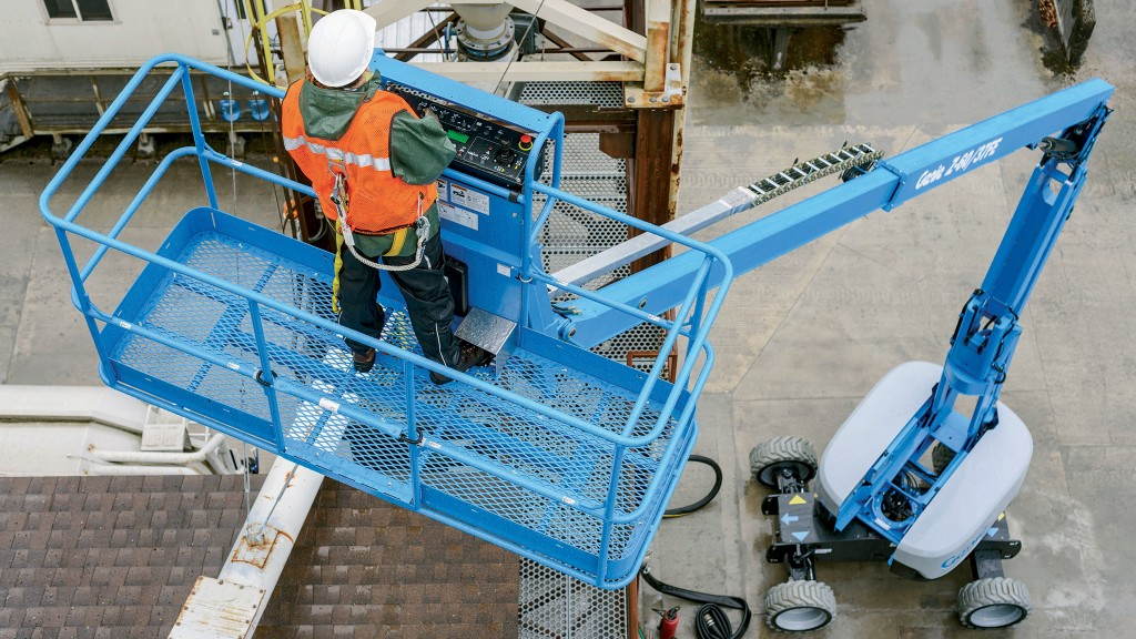 How to maintain hybrid aerial equipment