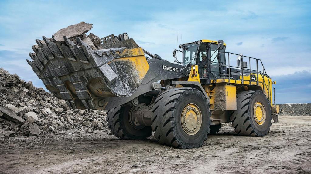 John Deere hybrid wheel loader reaches 1 million field hours