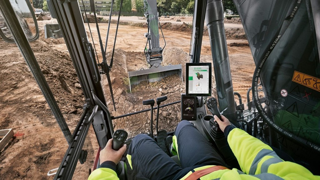 Updates to Volvo Dig Assist make grade planning faster and easier for operators