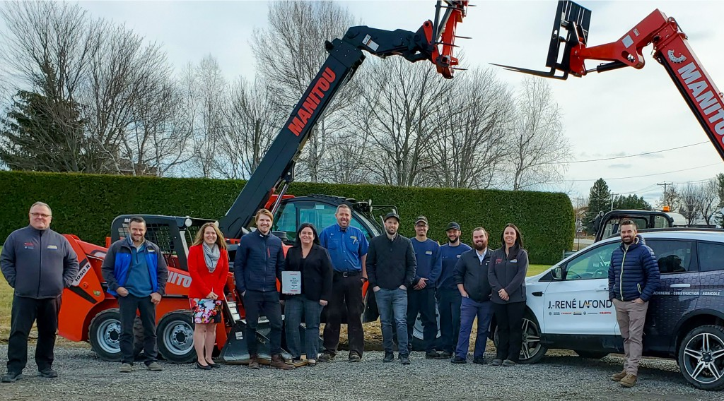 J. Rene Lafond receives Top Dealer award from Manitou Group