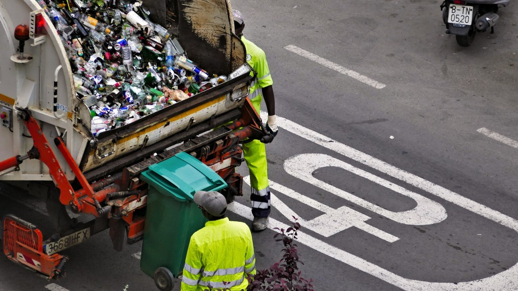 Solid waste and recycling collectors have sixth highest fatality rate according to BLS census