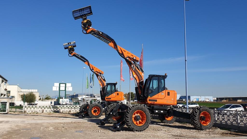 Engcon's spider excavator the Euromach R145