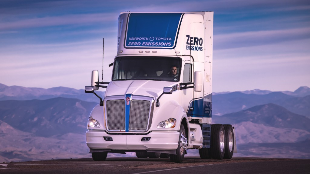 Kenworth truck becomes first Class 8 electric vehicle to climb 14,115-foot Pikes Peak summit