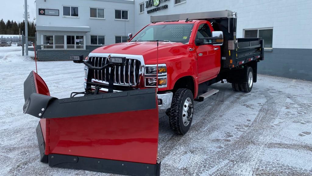 An International CV Truck outside a Maxim Truck & Trailer International dealership