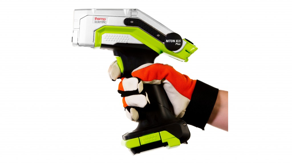 Thermo Scientific Niton XL5 Plus handheld XRF analyzer