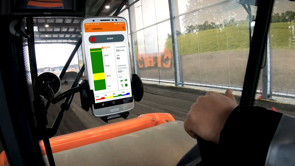 The HAMM SmartDoc app on a tablet inside of a vehicle