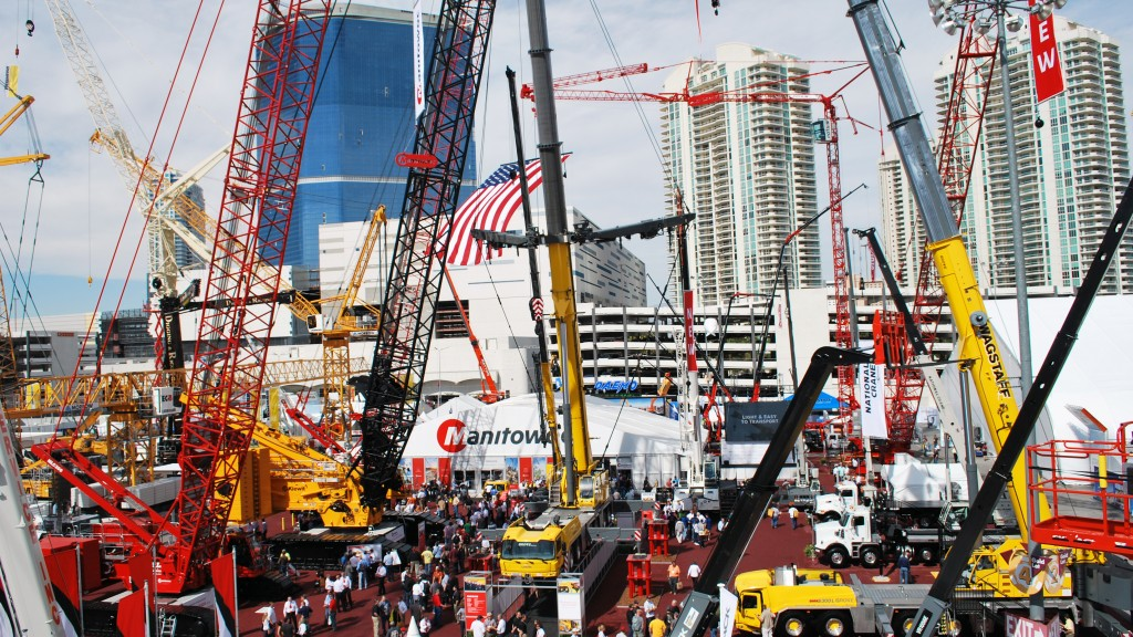 con expo con/agg 2020 with cranes and other machines