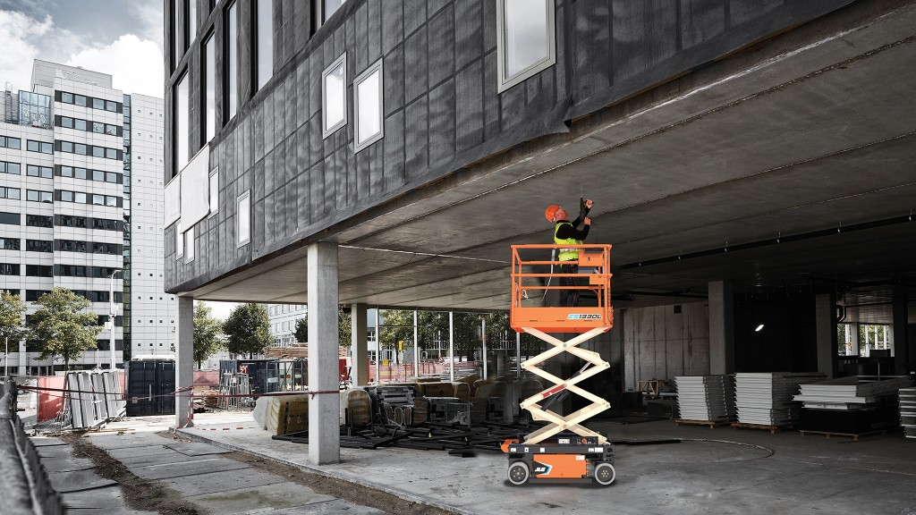 Low-level access lifts vs. ladders and scaffolding