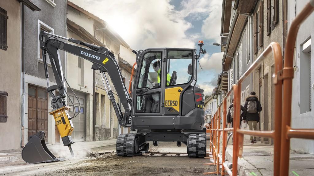 Volvo compact excavator ecr50 in operation