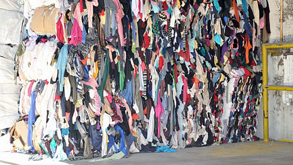 Baled textiles waste
