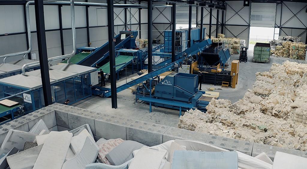 RetourMatras Dutch mattress recycling plant