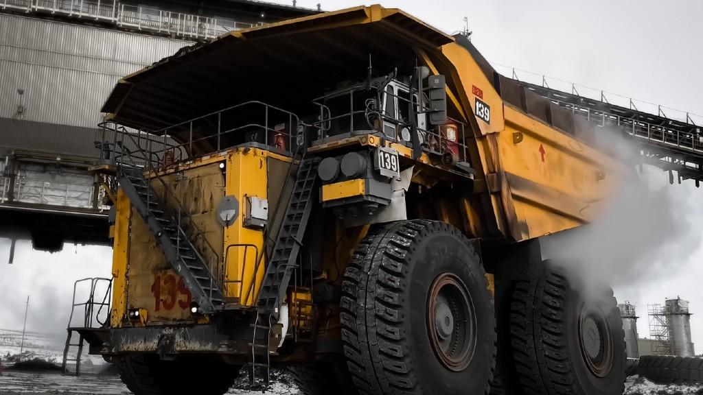 Syncrude Liebherr T282 mining truck