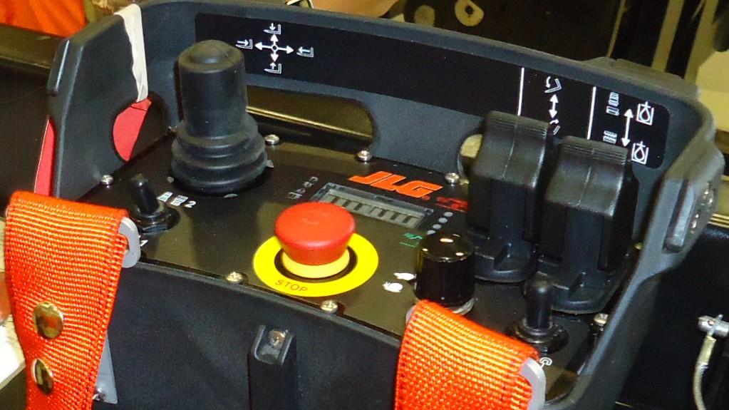 boom controls on a JLG tele handler