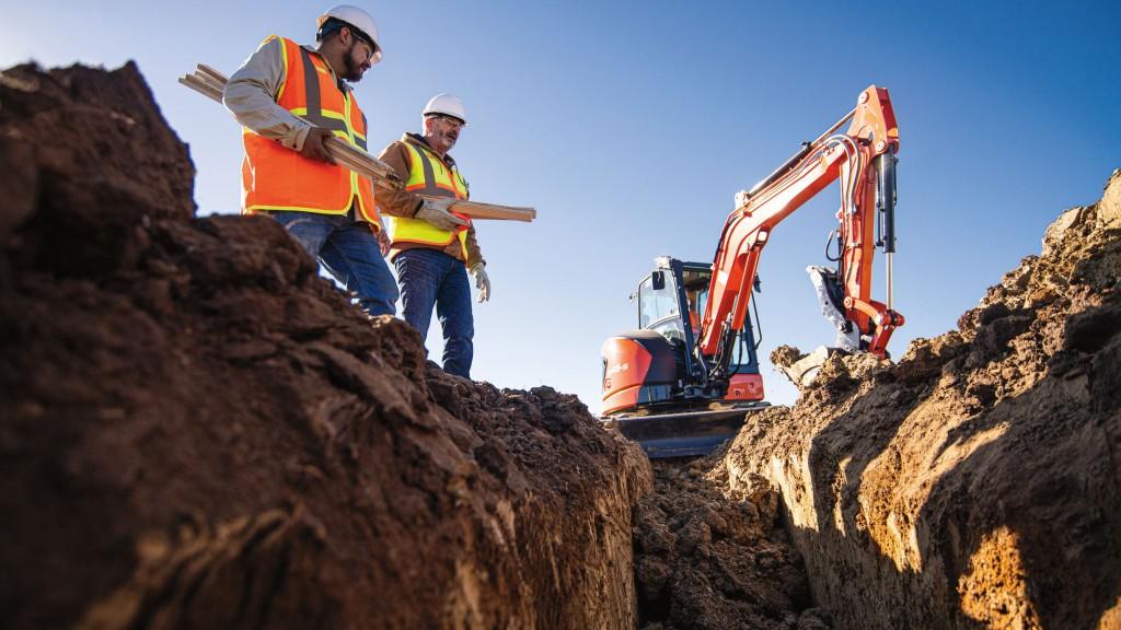 kubota introduces u48-5 tight tail swing compact excavator