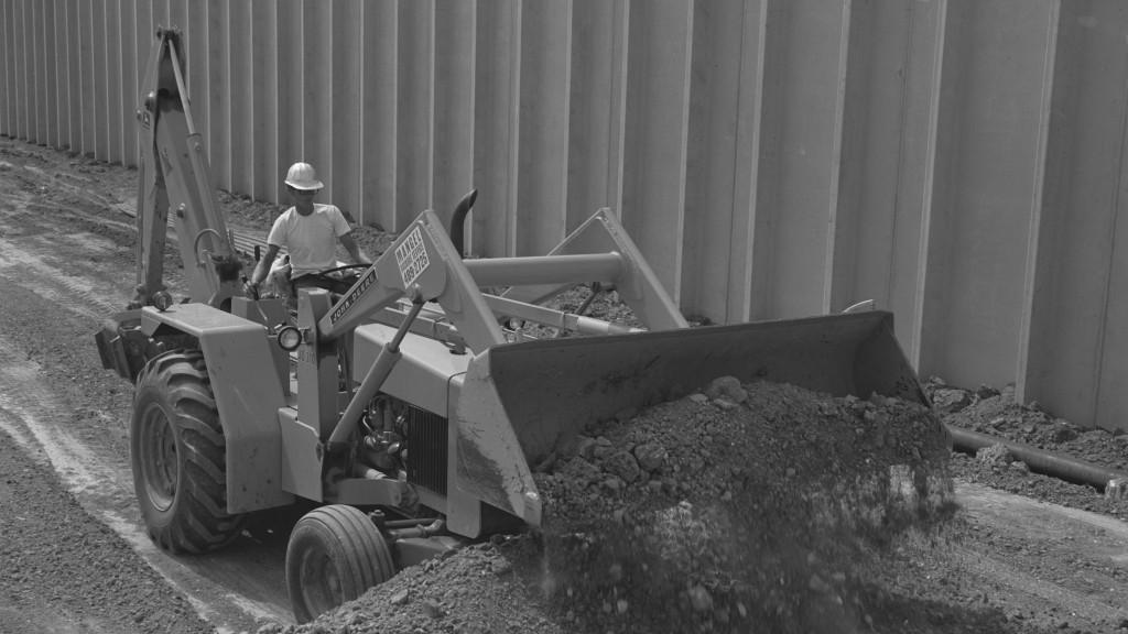John deere jd310 backhoe loader