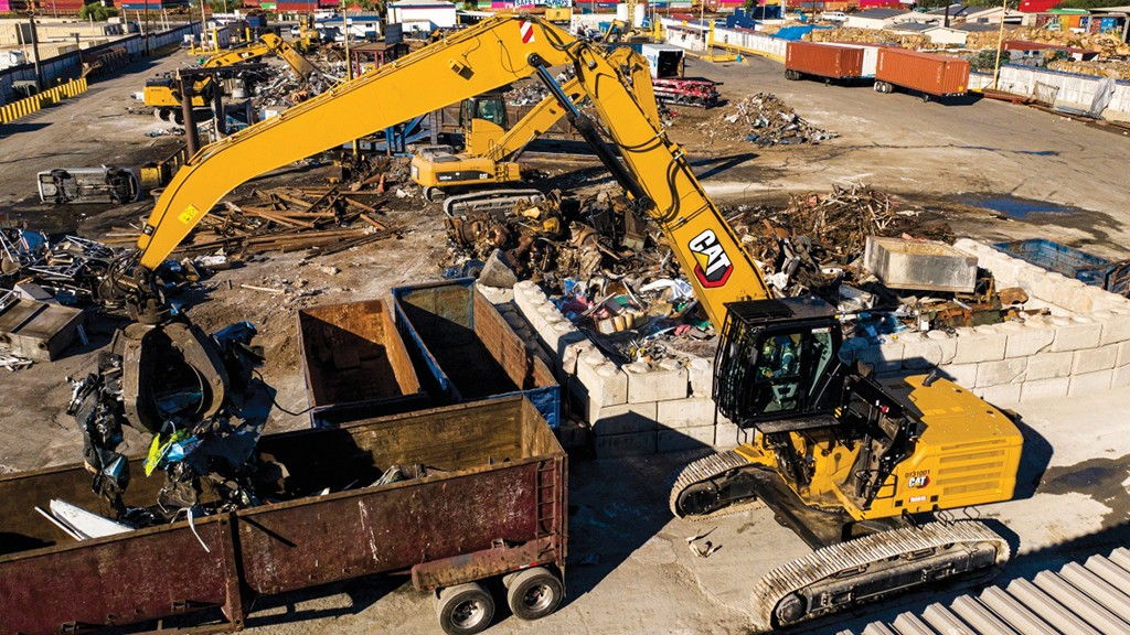 Cat's new MH3250 and MH3260 3200 series tracked material handlers use a new mechanical variable-gauge undercarriage to improve machine transportation without sacrificing lifting performance, and three power modes to match fuel efficiency to the application at hand.