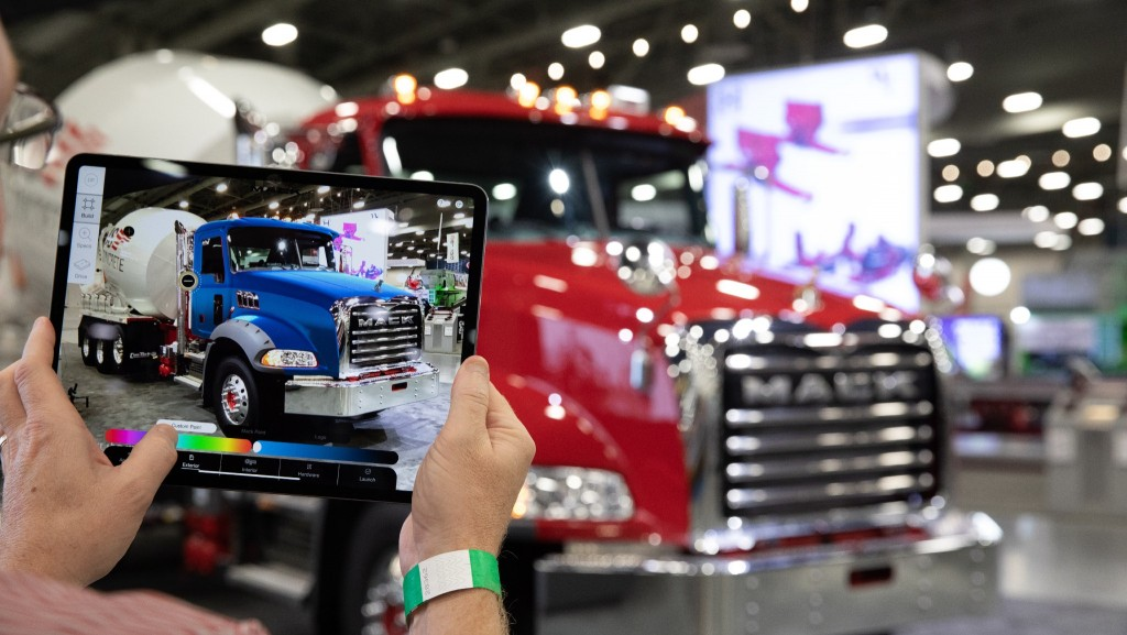 Augmented reality customizes a Mack Granite truck
