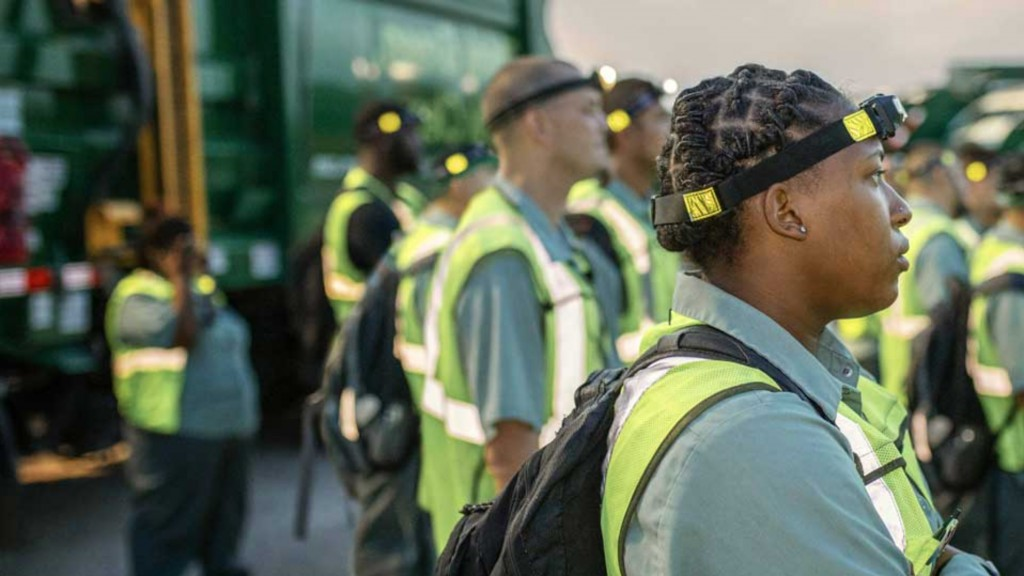 SWANA recycling workers